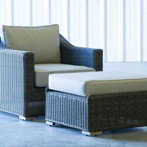 LC-Club-Chair-Ottoman-Side