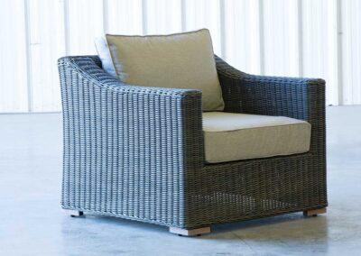 Luxury Club Chair Side